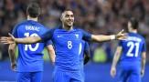 euro-2016-france-cameroun-coman-et-payet-se-montrent